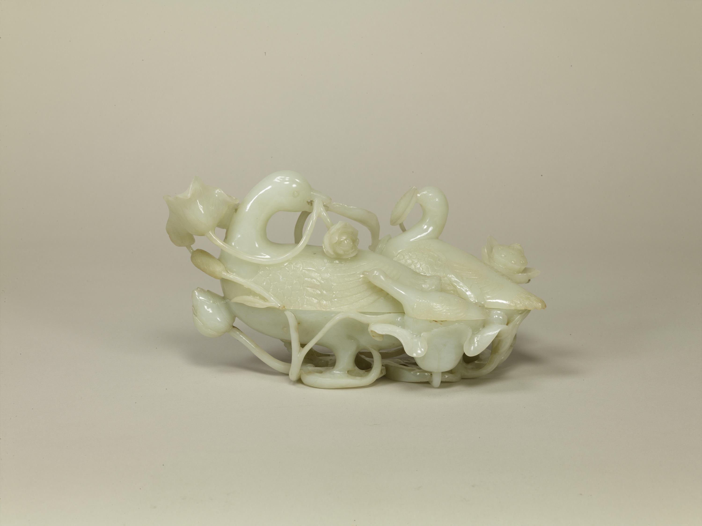 白玉水禽形合子 中国 清時代・19世紀