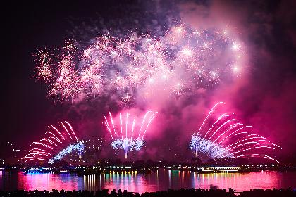 伝統文化×最先端のフュージョンを体感!「東京花火大祭〜EDOMODE〜」が華麗に開催!