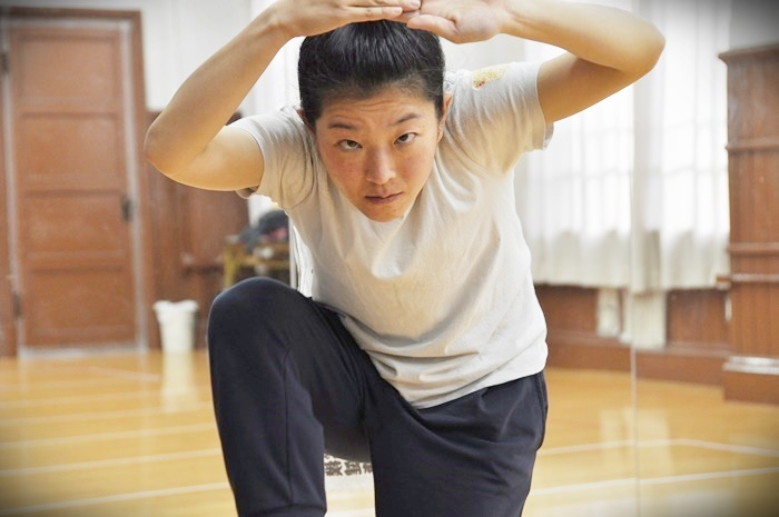 木ノ下歌舞伎舞踊公演『娘道成寺』稽古中のきたまり(KIKIKIKIKIKI)。 【撮影】吉永美和子(人物すべて)