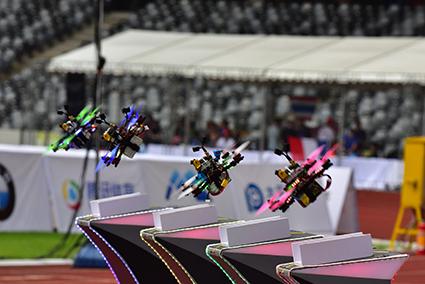 国際航空連盟(FAI)公認のドローンレースも日本初開催