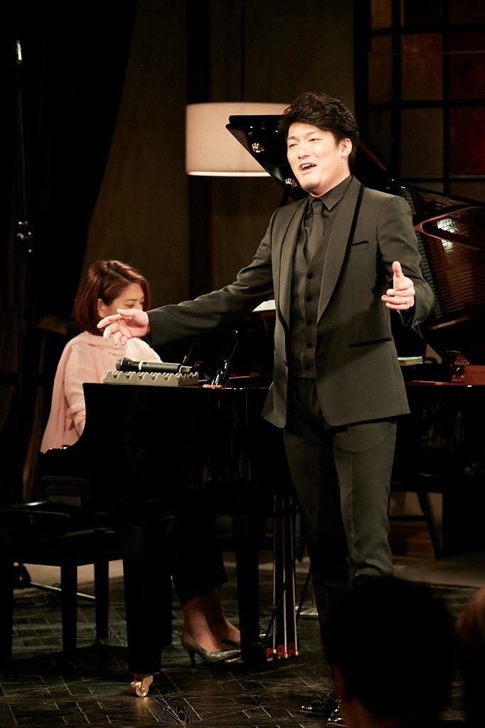 藤原藍子(ピアノ)、西村悟(テノール)