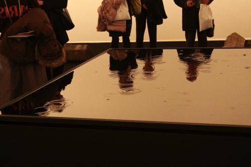 坂本龍一+高谷史郎「WATERSTATE 1(水の様態1)」2013年