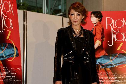 柚希礼音がかわいいドレス姿を初披露⁉ ソロコンサート『REON JACK3』囲み取材&プレスコール