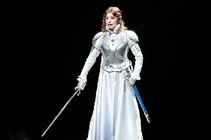 舞台『クイーン・エリザベス』いよいよ開幕! 大地真央、長野博、髙木雄也らが波乱に満ちた16世紀のイギリスを描く