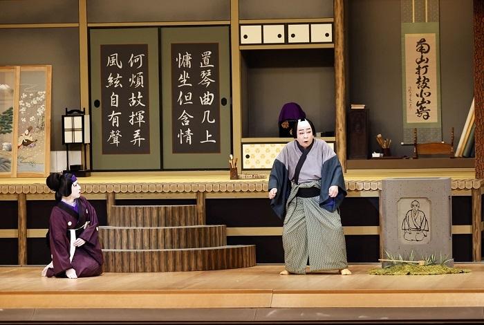『傾城反魂香』中村梅玉(右)、中村梅枝(左) (C)松竹