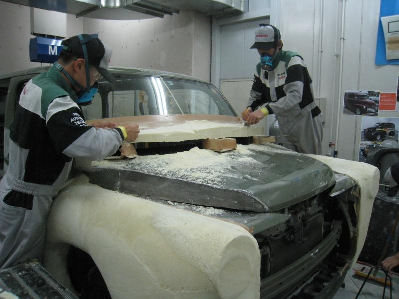 日産愛知自動車大学校は、日産「キューブ」をカスタム