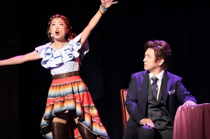 大和田美帆(左)