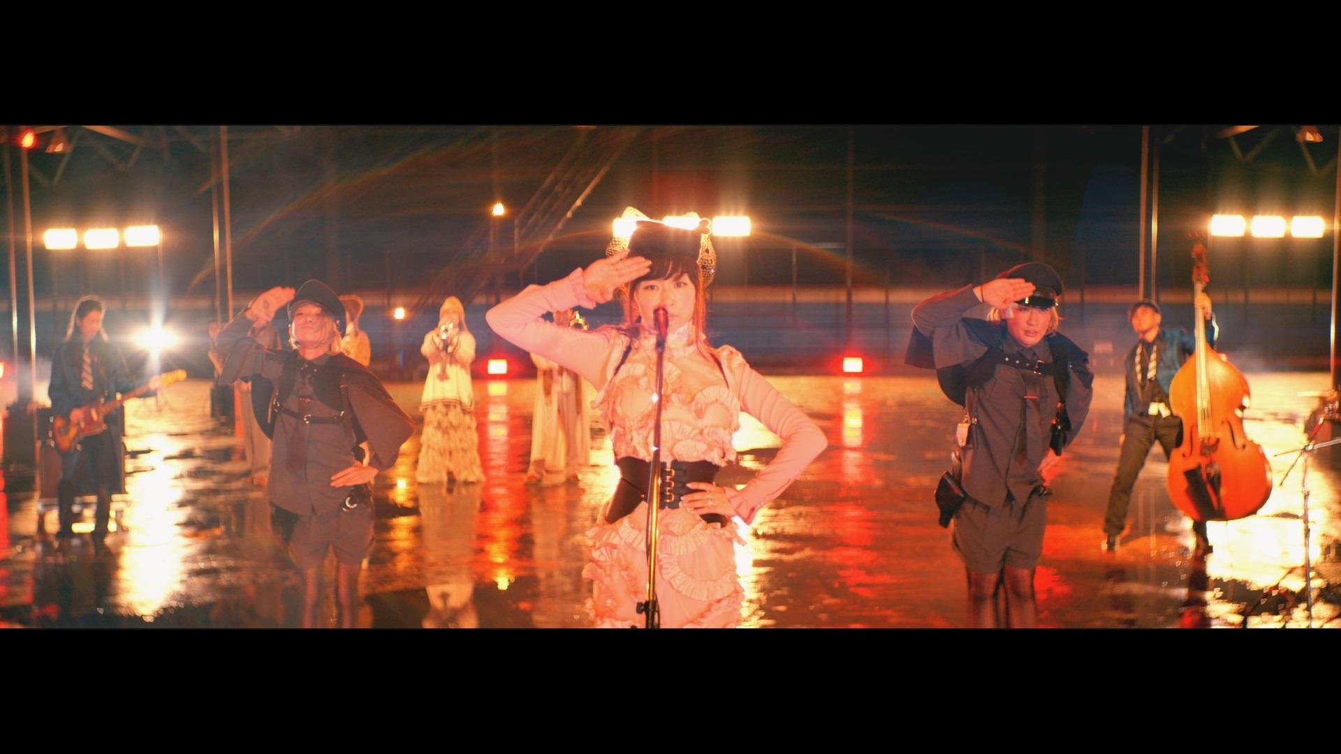 椎名林檎MV「公然の秘密」