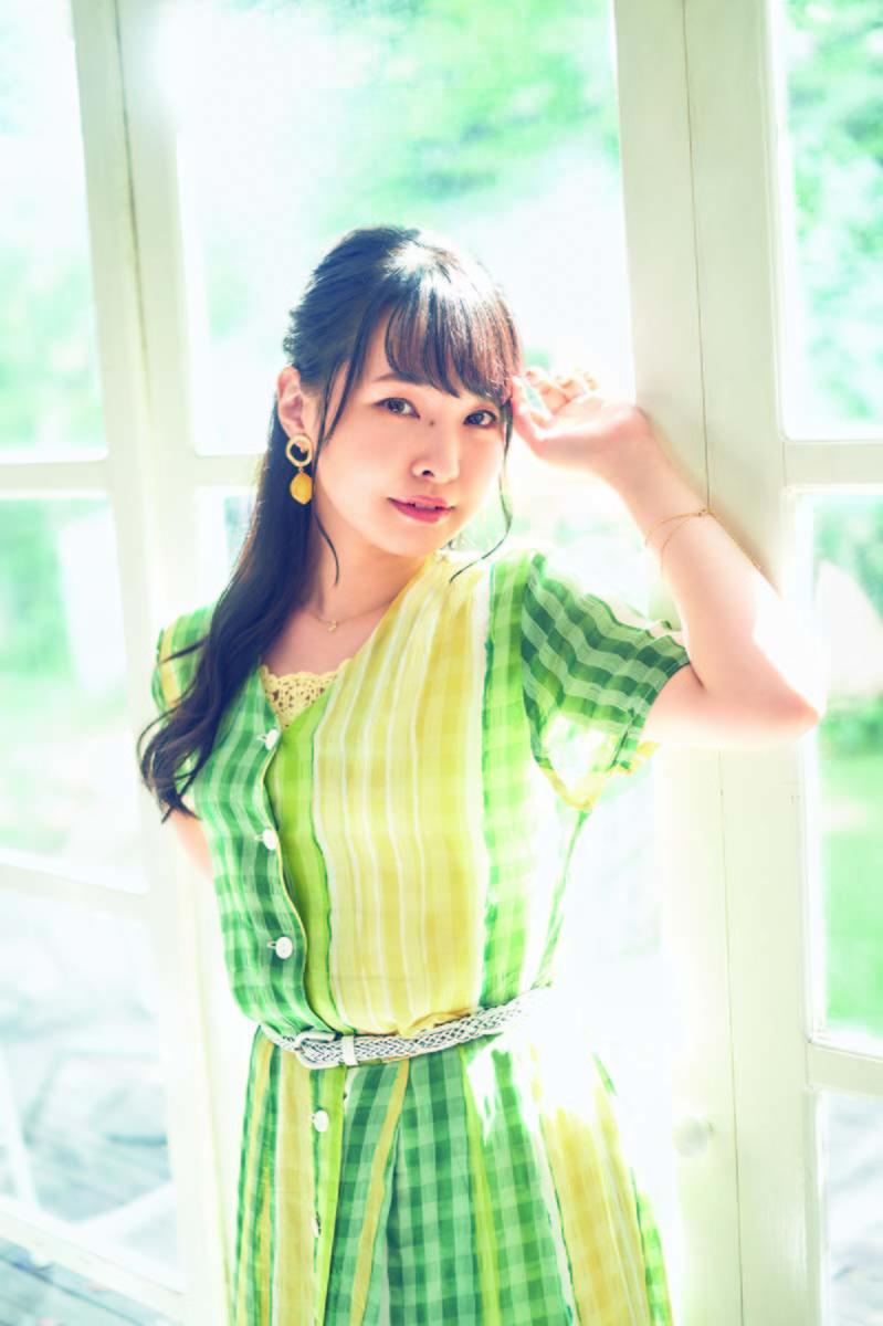 伊藤かな恵アーティスト写真