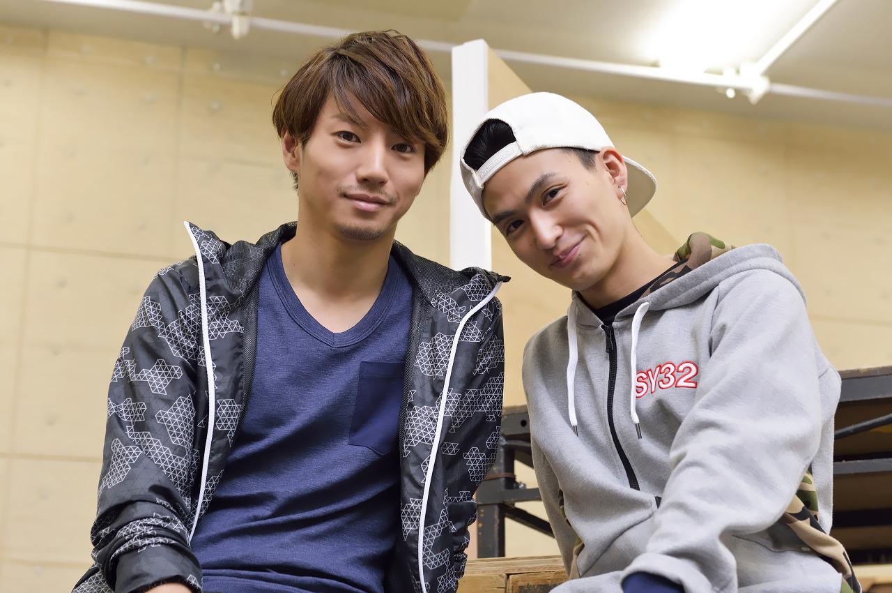 (左から)矢崎広、松田凌