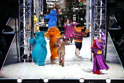 ドリカム×セサミストリート、ハロウィンに夢の共演が実現! 12面立体ステージで『THE DREAM QUEST』の世界観を披露