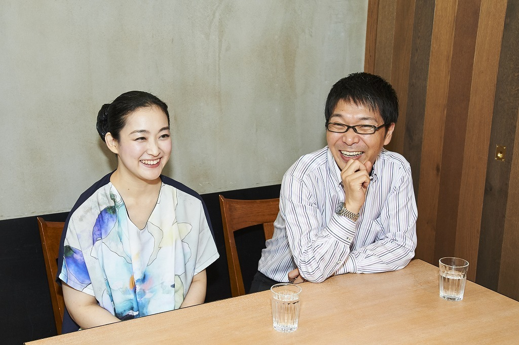 (左から)坂本真由美、金子鈴太郎