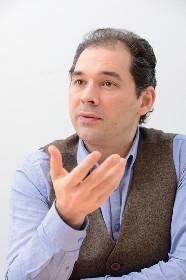 """トゥガン・ソヒエフ(指揮)「ベルリン・ドイツ交響楽団は私と一緒に""""冒険""""ができるオーケストラです」"""