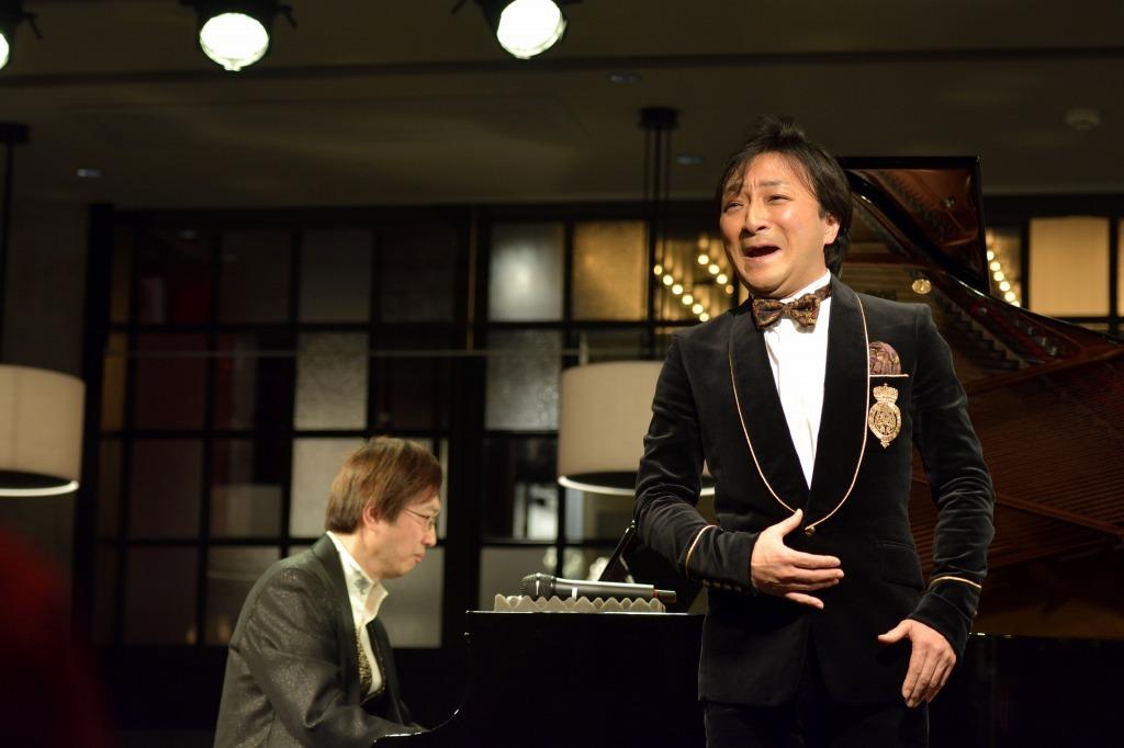 金井信(ピアノ)、樋口達哉(テノール)
