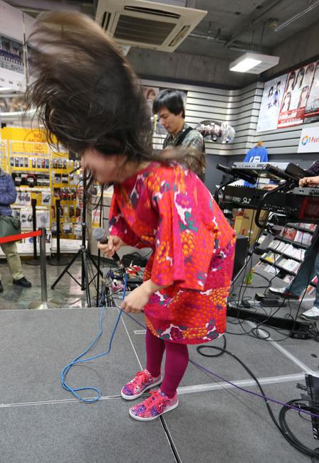 金属恵比須@2016.1.30 タワーレコード川崎店 (撮影:飯盛大)