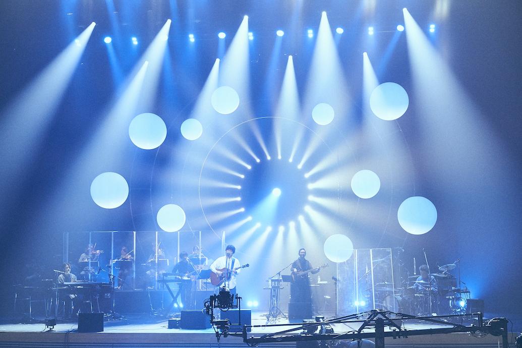秦 基博『HATA MOTOHIRO CONCERT TOUR 2020 -コペルニクス-』撮影=笹原清明