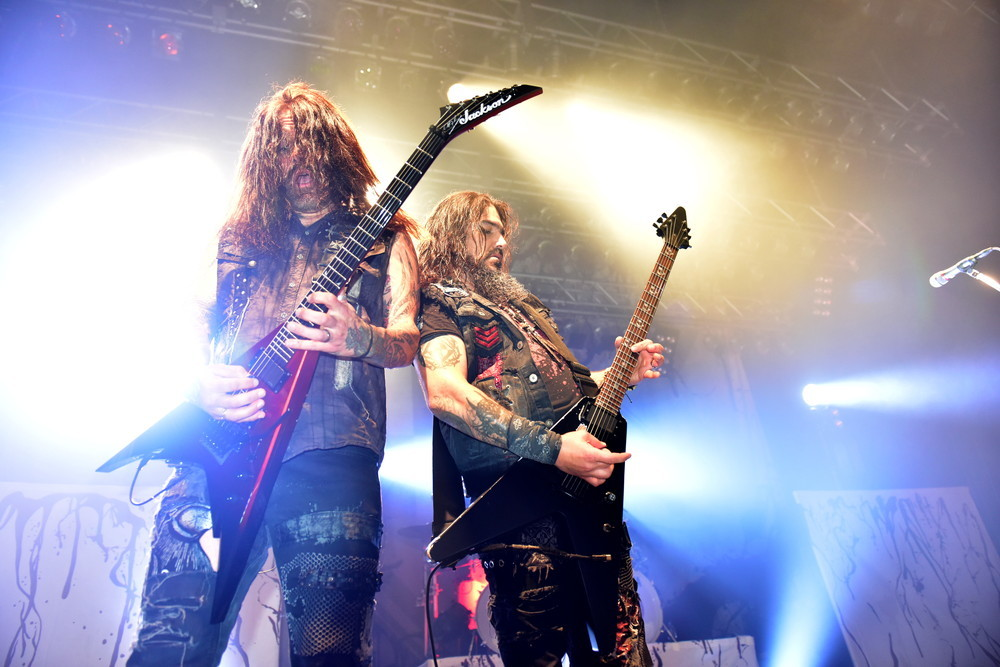 MACHINE HEAD