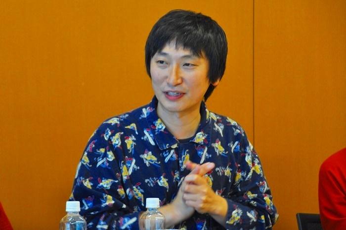 「FUKAIPRODUCE羽衣」の糸井幸之介は、上演台本・演出・音楽を担当。