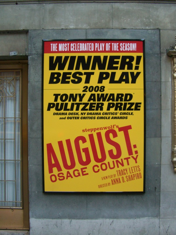ブロードウェイ劇場街「MUSIC BOX THEATRE」にて 2008年
