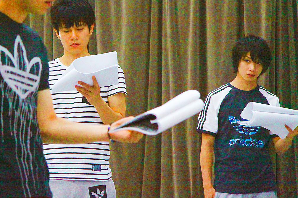 平野良(左)、植田圭輔(右)