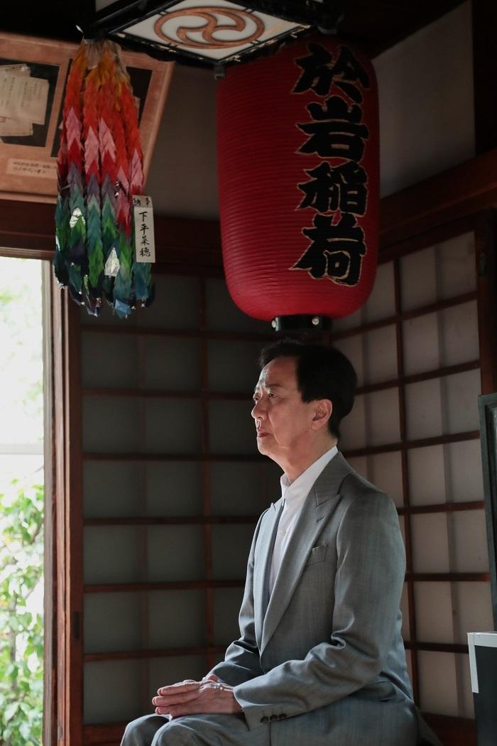 坂東玉三郎 於岩稲荷田宮神社にて  撮影:柏原孝史