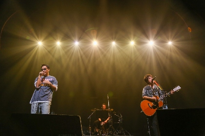 コブクロ 20周年ツアー開幕&5年ぶり海外公演を発表