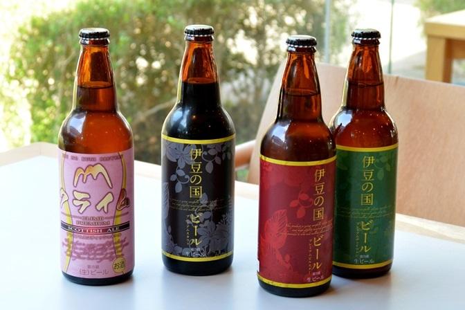 「伊豆の国ビール」(右3種520円 左の「クライム」のみ580円)