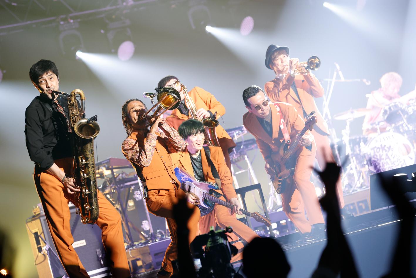 東京スカパラダイスオーケストラ photo by Tsukasa Miyoshi (Showcase)