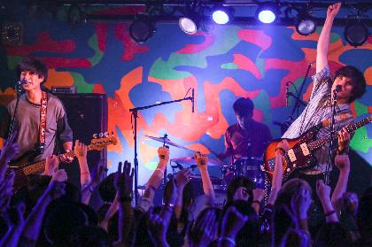 ザ・モアイズユーが地元・大阪で泣き笑いのツアーファイナルーーエモーショナルかつノスタルジックな夜