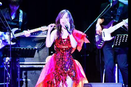 森口博子が『機動戦士Zガンダム』コラボ曲からサザン、山口百恵まで全18曲を熱唱! 全国ツアーファイナル公演