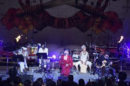VAMPS 夏の恒例野外イベント『BEAST PARTY』初開催の沖縄も大盛況、沖縄にちなんだ名曲カバーも