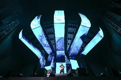 エド・シーラン、初の東京ドーム公演で5万人が大合唱「東京ドームでプレイしていることが信じられないよ!」