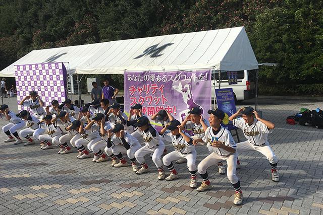 スポーツを通じて知的障がい者の社会参加を支援する「スペシャルオリンピックス日本」の活動支援を目的とした「チャリティスクワット」も実施