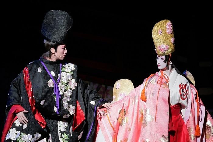 『白鷺の城』('18年宙組・東京・千秋楽)  ©宝塚歌劇団  ©宝塚クリエイティブアーツ