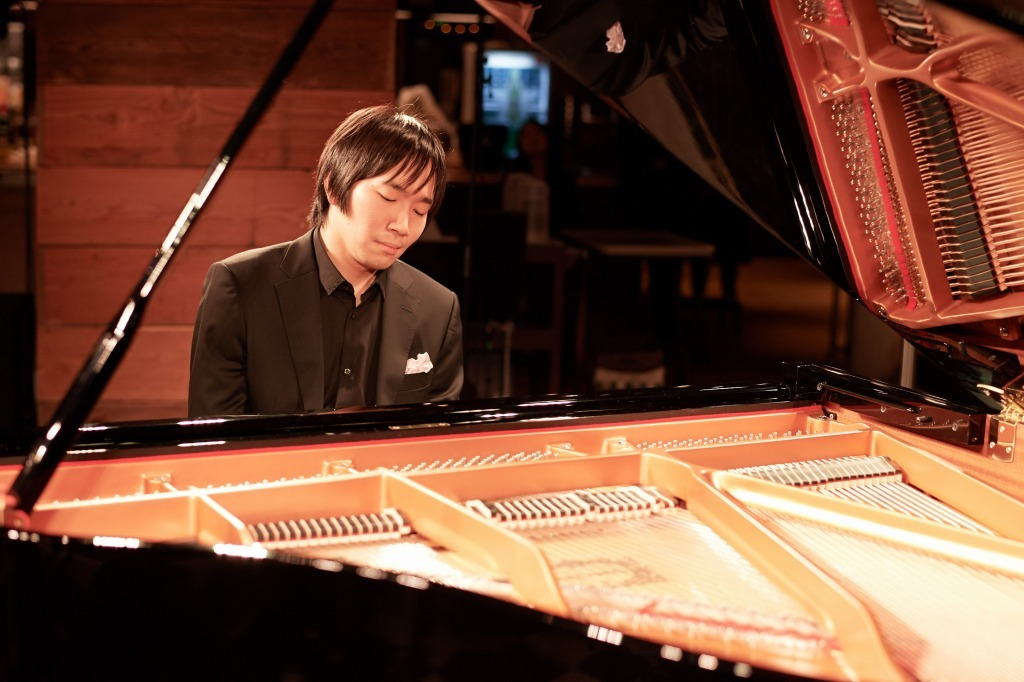 阪田知樹(ピアノ)