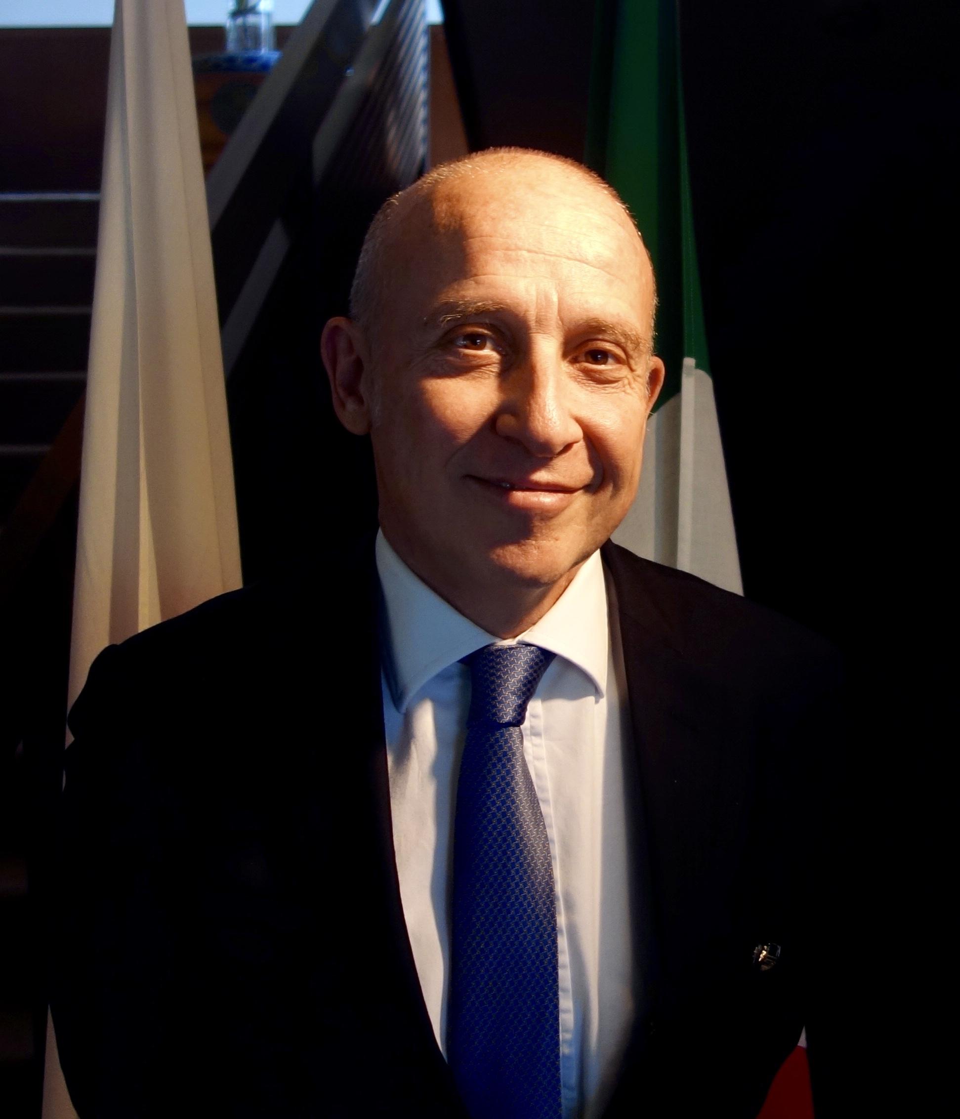 駐日イタリア大使お写真