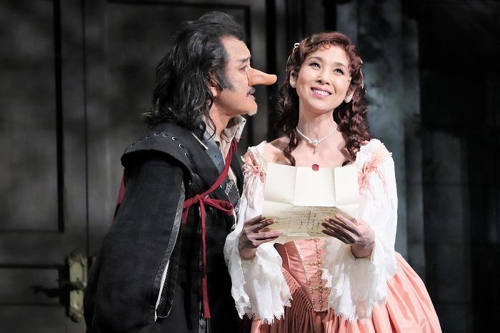 舞台『シラノ・ド・ベルジュラック』(撮影:こむらさき)