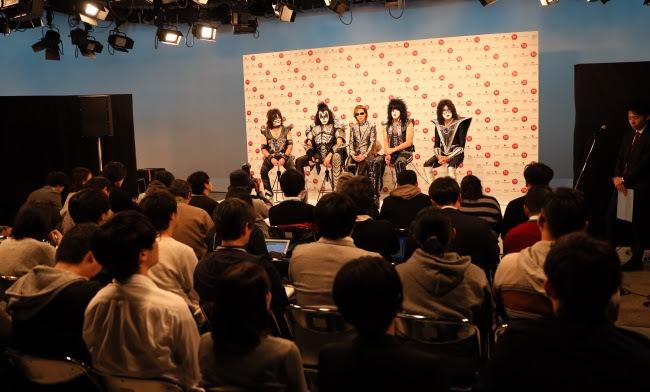 YOSHIKIとKISS NHK『第70回 紅白歌合戦』記者会見より