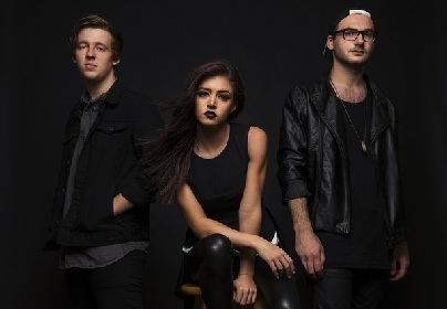AGAINST THE CURRENT、最新アルバム『In Our Bones』より「Wasteland」のMV公開!