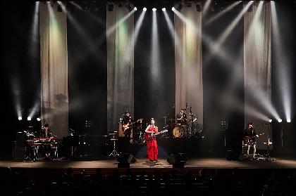 中村 中 自分の感情表現のためから誰かのための歌へ、10周年のクライマックスで魅せた天晴れなステージ