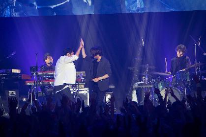 "TERU(GLAY)、「誘惑」「HOWEVER」を桜井和寿と""鳥肌""コラボ ウカスカジーのライブにサプライズ登場"