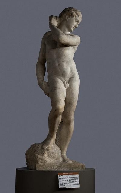 《ダヴィデ=アポロ》 ミケランジェロ・ブオナローティ 1530年頃フィレンツェ、バルジェッロ国立美術館蔵 高さ147cm大理石