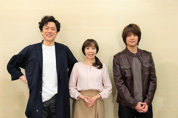 (左から)山口祐一郎、保坂知寿、浦井健治