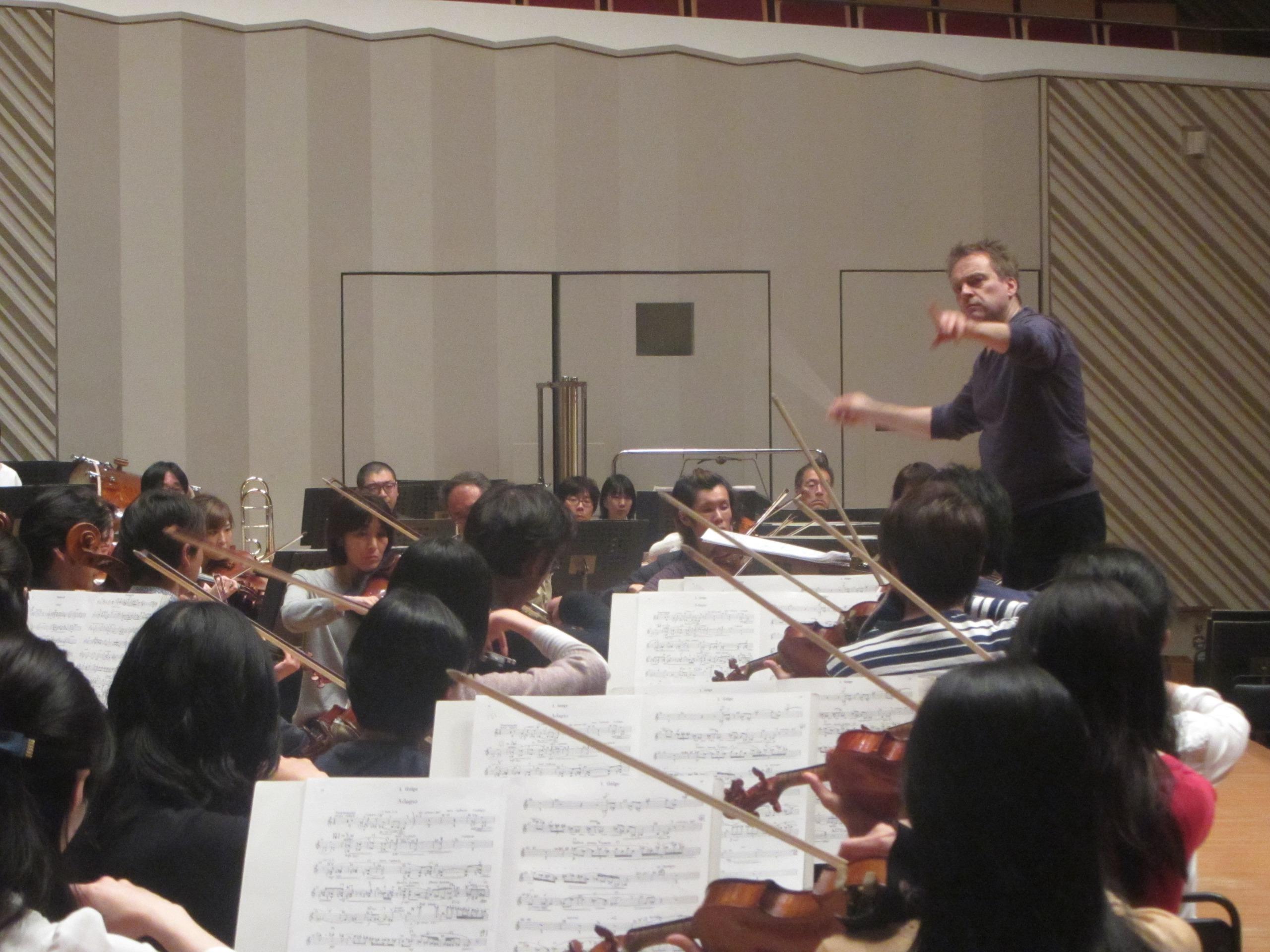 リハーサルは休憩をはさんで四時間行われた 提供:東京交響楽団