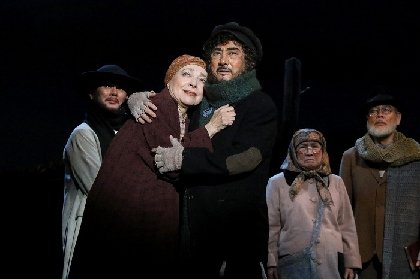 市村正親「苦しい時期だが、頑張る力を皆さんに与えたい」~ミュージカル『屋根の上のヴァイオリン弾き』インタビュー