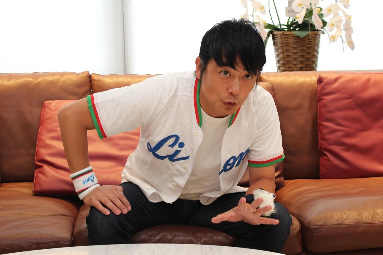 斉藤一美アナウンサーへの愛を語る、堀口の目は真剣