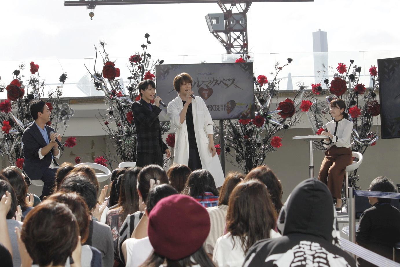 浦井健治が、高杉真宙演じるレスポールJr.の歌である 「明けない夜は長い」のワンフレーズを披露!