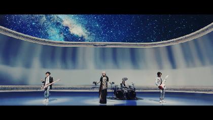 L'Arc~en~Ciel、tetsuyaの誕生日に新曲「FOREVER」のミュージッククリップを公開