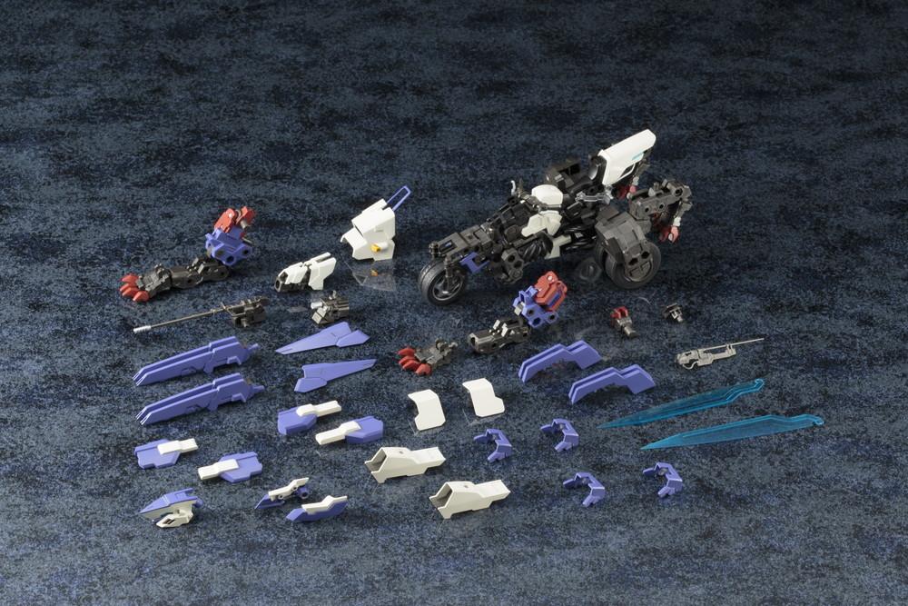 フレームで組み上げた「素体」に装備や装甲を取り付けることで形成されている