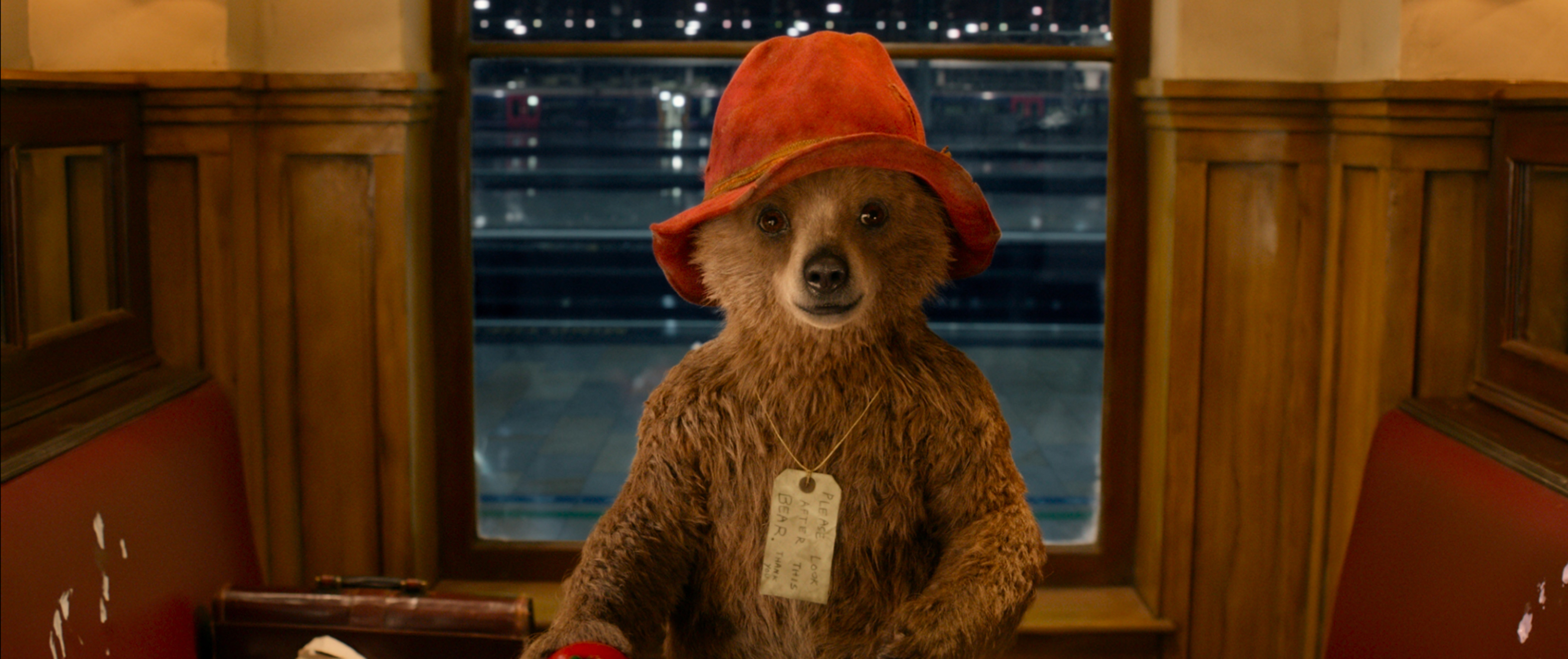 (C)2014 STUDIOCANAL S.A. TF1 FILMS PRODUCTION S.A.S Paddington Bear™, Paddington™ AND PB™ are trademarks of Paddington and Company Limited